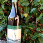 Bouteille de vin blanc de la confrérie des pirates d'Ouchy - Réserve de la Barque, étiquette et bouchon vert